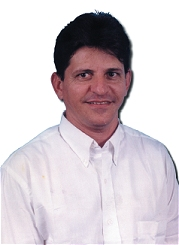 Consulto há cerca de vinte anos na cidade maranhense de São Raimundo das Mangabeiras, lá se instalou um técnico em óptica por nome Jurandir Pereira de Moura ... - fig94